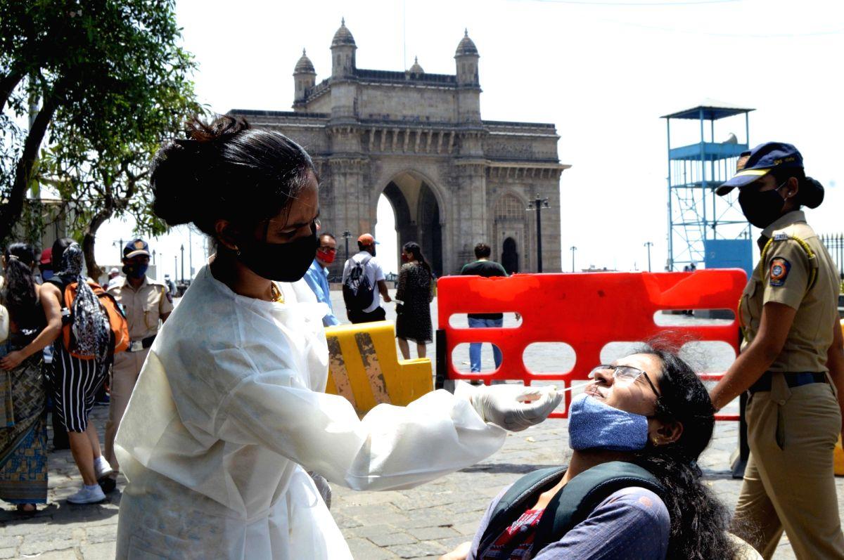 Mumbai again takes lead in active Covid caseload