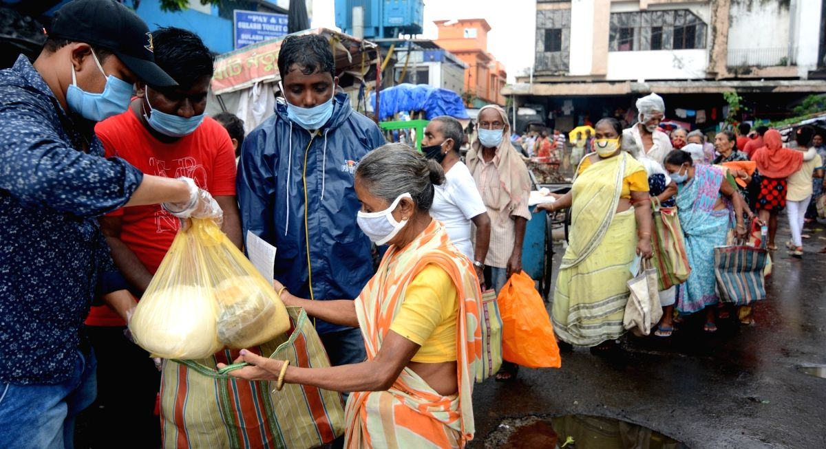 Mumbai, June 30 (IANS) The Maha Vikas Aghadi government's flagship economy meal scheme, 'Shiv Bhojan Thali' has crossed the one-crore meals since its modest launch on January 26, officials said here on Tuesday.