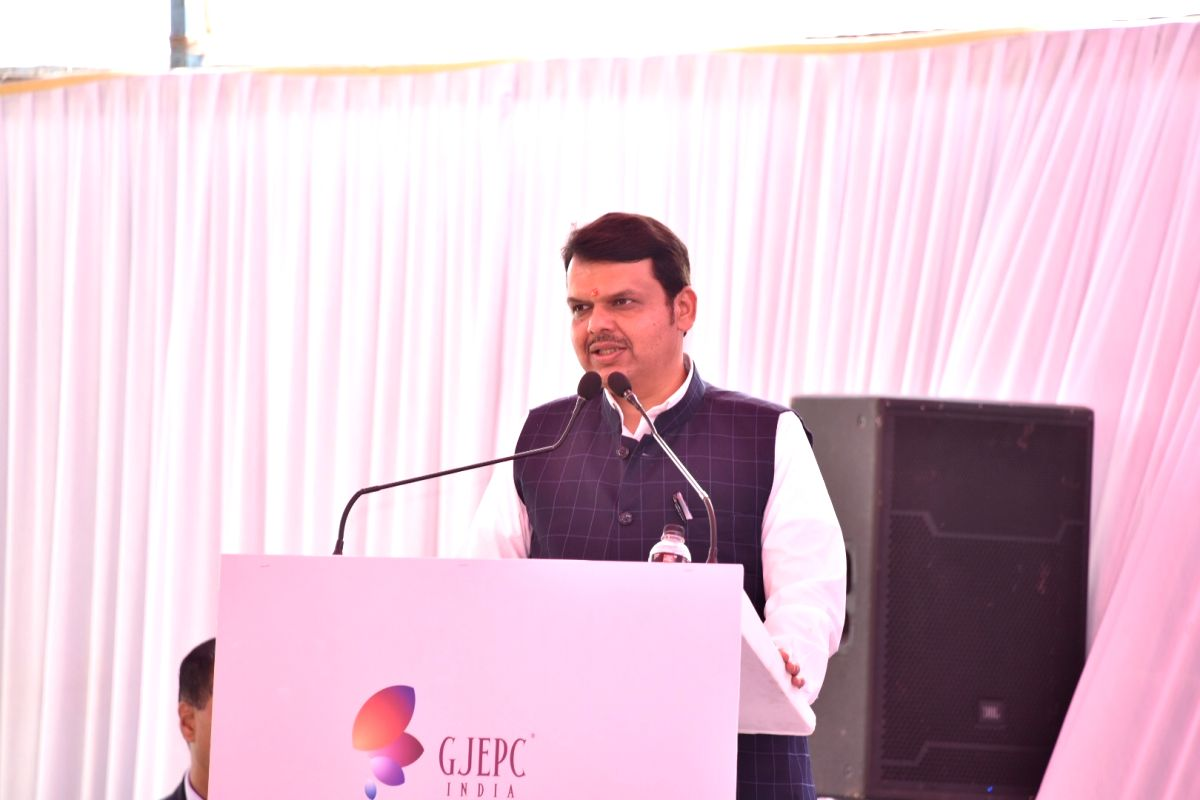 Mumbai: Maharashtra Chief Minister Devendra Fadnavis addresses during the foundation stone laying ceremony for the proposed India Jewellery Park (IJP) in Navi Mumbai on March 5, 2019.