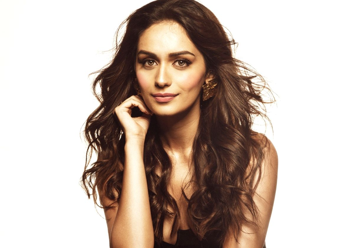 Mumbai, May 21 (IANS) Former Miss World and Bollywood debutant Manushi Chhillar has been roped in for a global campaign against the novel coronavirus. She joins Indian cricket superstar Rohit Sharma, besides global football icons Lionel Messi, Gareth