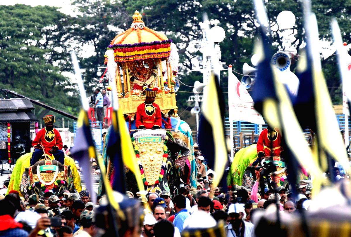 Mysuru: Howdah elephant Arjuna leads 'Jamboo Savari' procession - a part of Mysuru Dasara Festival 2018, organised on Vijaya Dashmi - the last day of Dasara festival, in Mysuru on Oct 19, 2018.