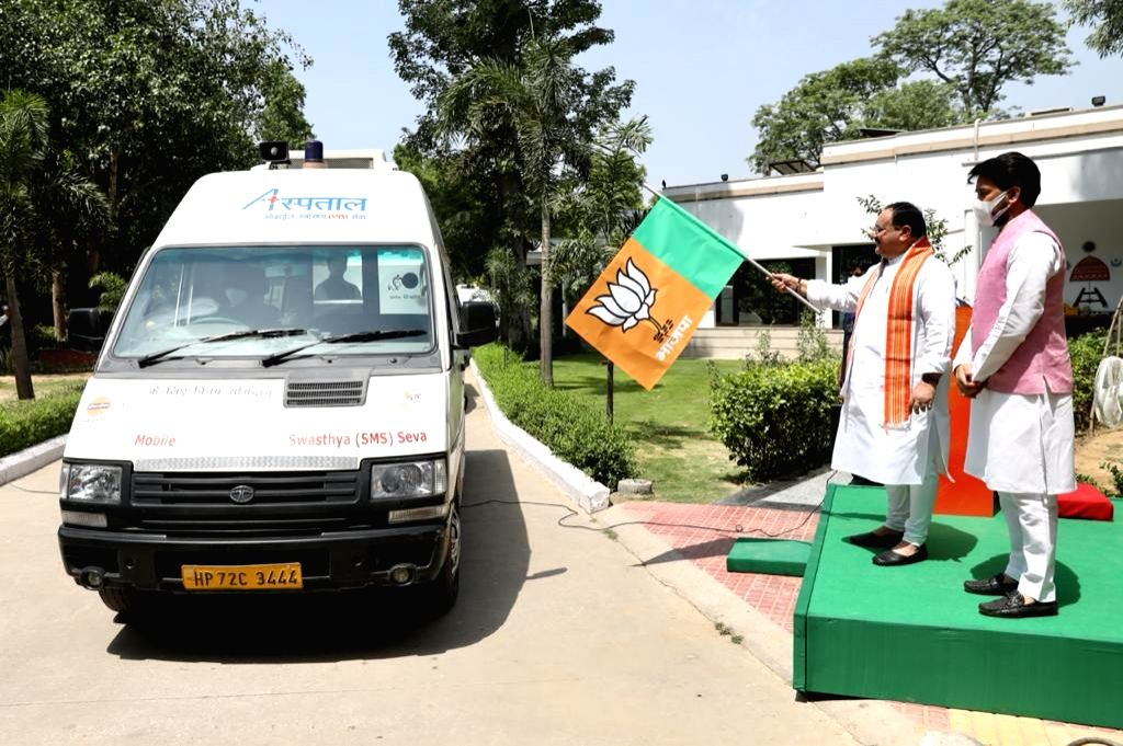 Nadda flags off medical supplies to Himachal to fight Covid