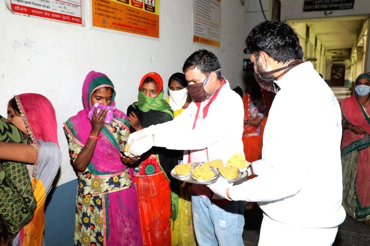 Narayan Seva Sansthan - Corona Relief Seva Team.