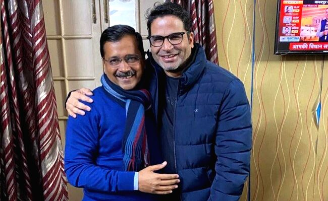 New Delhi: Aam Aadmi Party (AAP) election strategist in 2020 Delhi Legislative Assembly polls Prashant Kishor meets Delhi Chief Minister and party chief Arvind Kejriwal at the party's headquarters as the counting of votes is underway, in New Delhi on