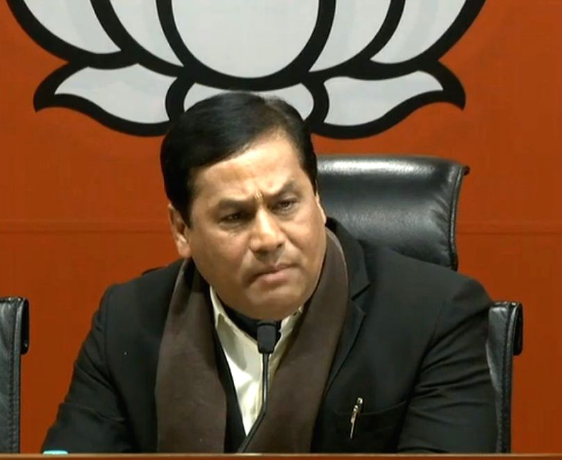 New Delhi: Assam Chief Minister and BJP leader Sarbananda Sonowal addresses a press conference at the party's headquarter in New Delhi, on Dec 20, 2018.