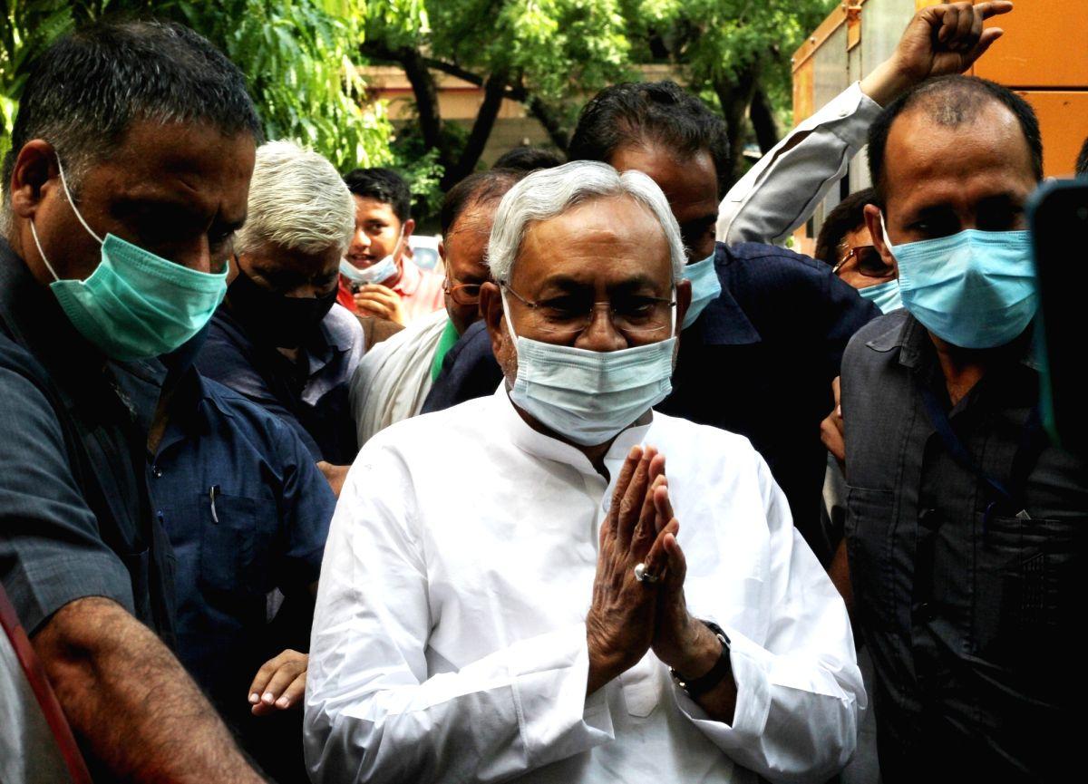 New Delhi: Bihar Chief Minister Nitish Kumar along with KC Tyagi and other JD(U) leaders during National Executive meeting to elect party National President at Jantar Mantar in New Delhi on Saturday, July 31, 2021. (Photo: Wasim Sarvar/IANS)