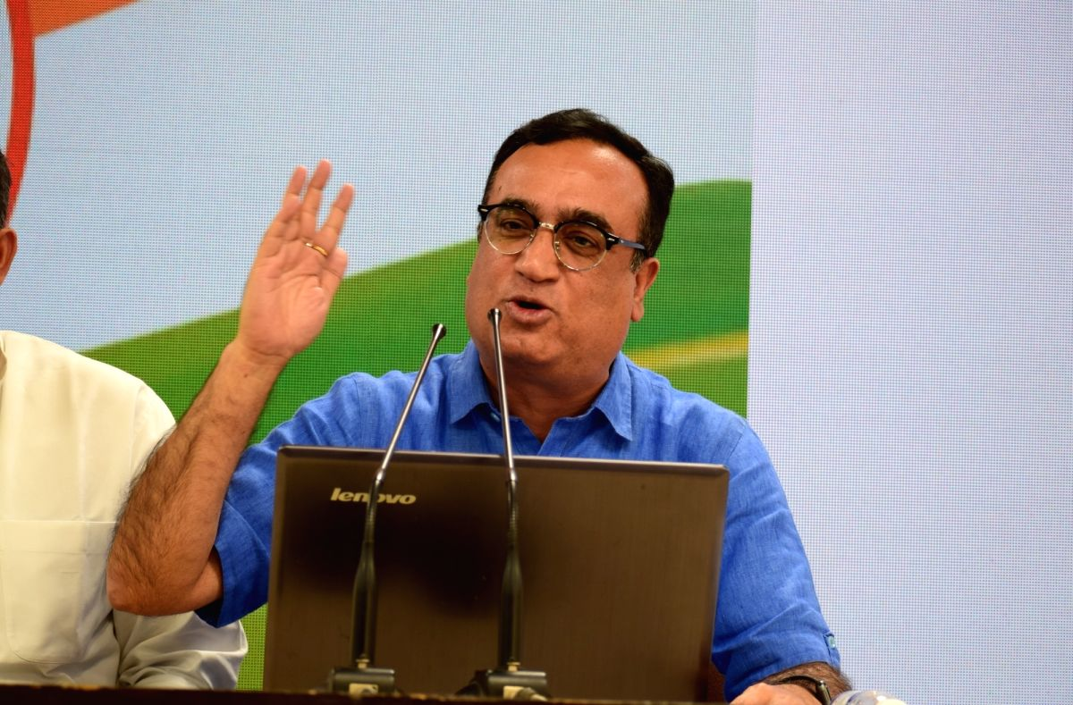 New Delhi: Congress leader Ajay Maken addresses a press conference at the party's headquarters in New Delhi, on Sep 18, 2019.