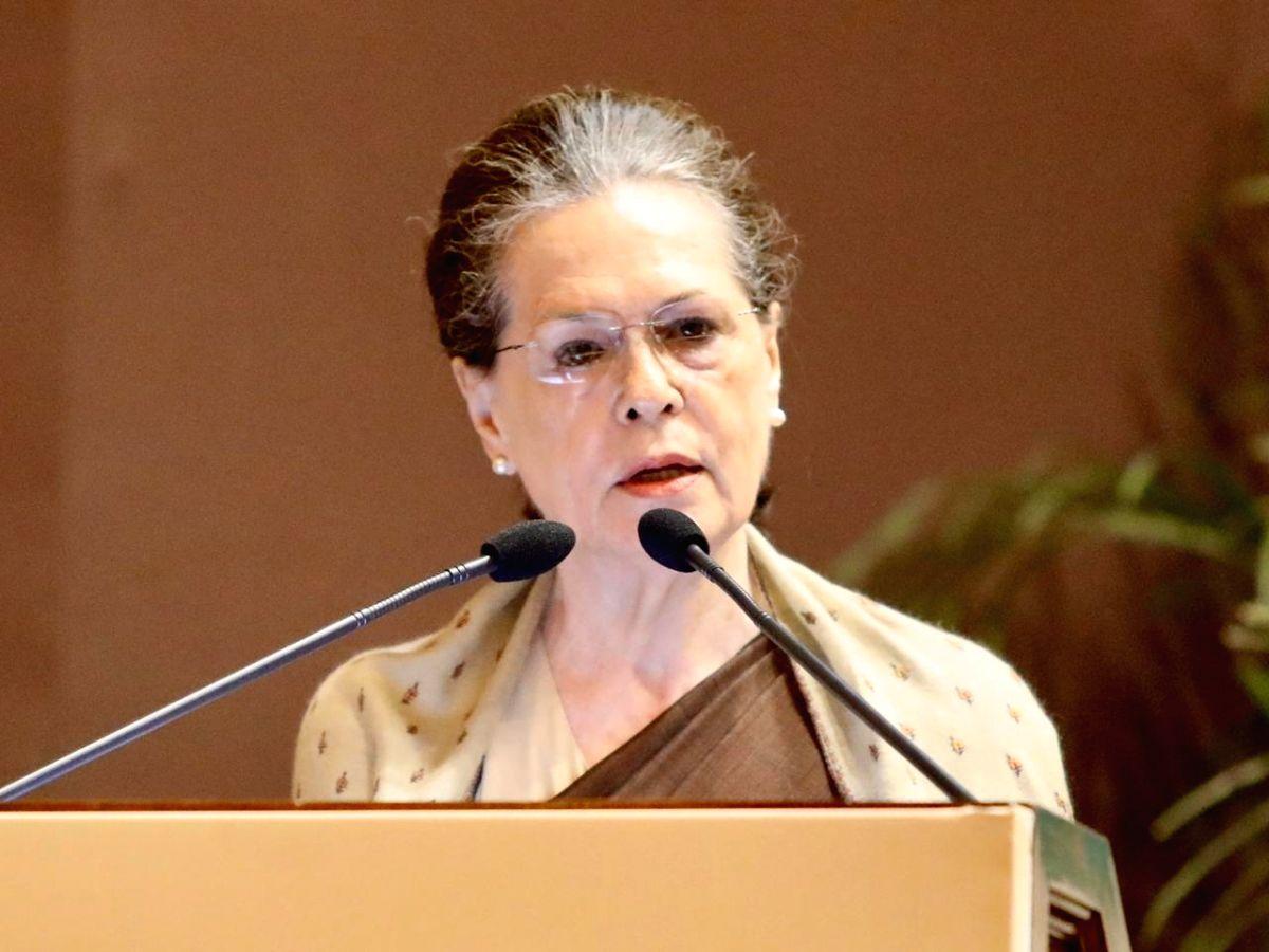 New Delhi: Congress President Sonia Gandhi addresses during the 31st Indira Gandhi Award for National Integration in New Delhi on Oct 31, 2019.