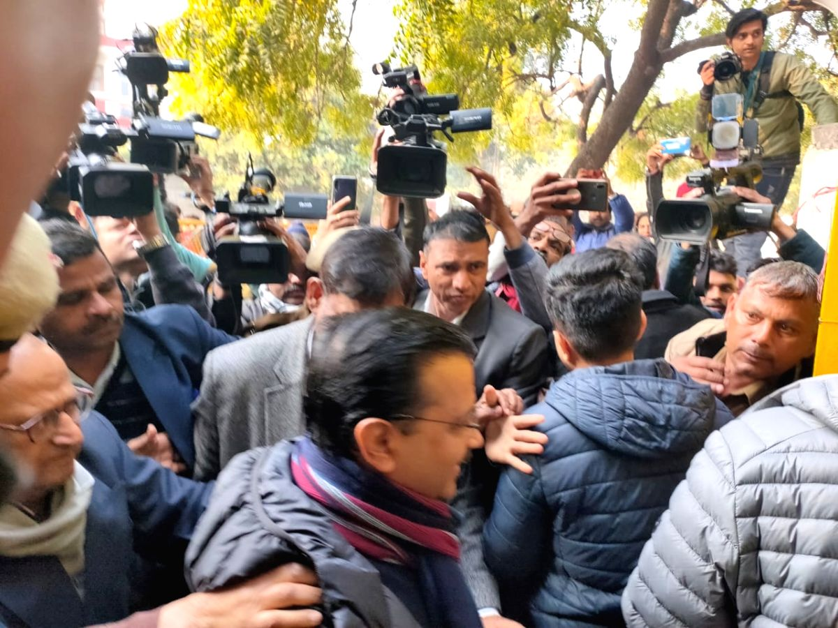 New Delhi: Delhi Chief Minister Arvind Kejriwal reaches polling booth in Delhi, about to cast his vote on Feb 08, 2020.