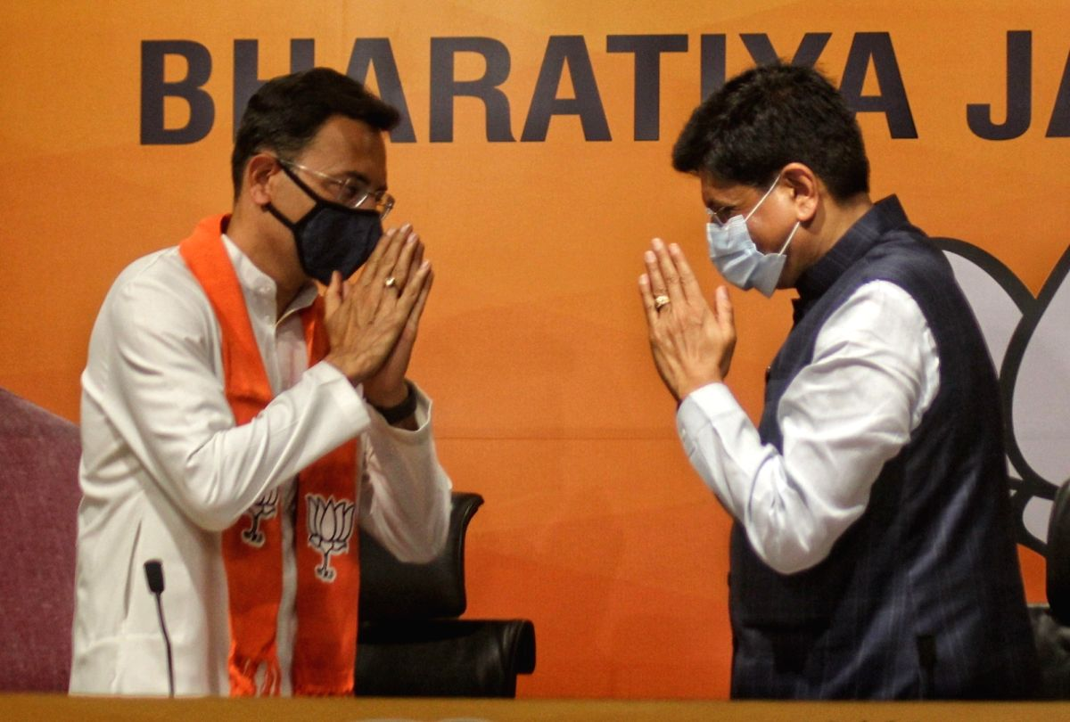 New Delhi: Indian National Congress Leader Jitin Prasad joined Bharatiya Janta Party in the presence of BJP Union minister Piyush Goyal at BJP headquarters in New Delhi on Wednesday June 09, 2021.(Photo: Wasim Sarvar/IANS)