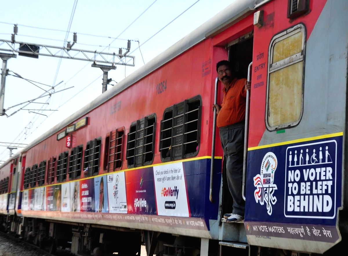 New Delhi: Kerala Express displays motivational messages urging people to vote ahead of 2019 Lok Sabha elections, at New Delhi Railway station, on March 29, 2019. The Election Commission on Friday joined hands with the Indian Railways to utilise four