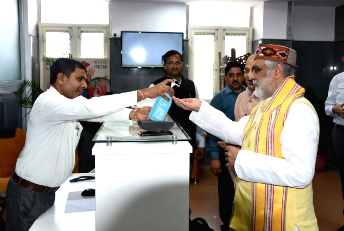 New Delhi: MoS Health and Family Welfare Minister Ashwini Kumar Choubey sanitising his hands at a meeting with other Ministers to tackle COVID-19 (coronavirus), in New Delhi on March 19, 2020.