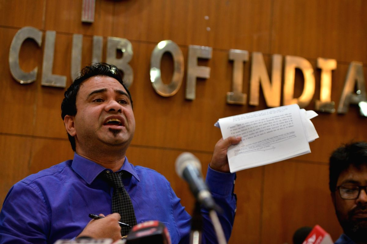 New Delhi: Pediatrician Dr Kafeel Khan, who was accused in the 2017 Gorakhpur children death case and was cleared of the charges, addresses a press conference in New Delhi on Sep 28, 2019.