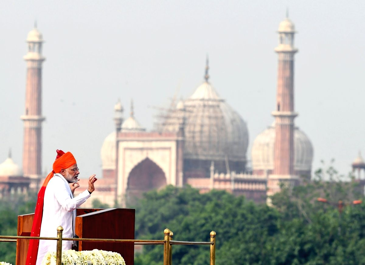 New Delhi: Prime Minister Narendra Modi addresses the Nation on the occasion of 72nd Independence Day from the ramparts of Red Fort, in Delhi on Aug 15, 2018. (Photo: IANS/PIB)