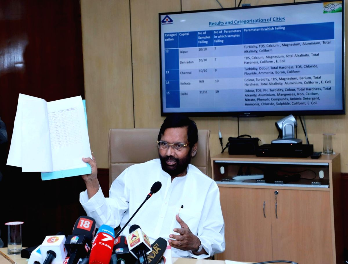 New Delhi: Union Consumer Affairs, Food and Public Distribution Minister Ram Vilas Paswan briefs the media on the Water Quality and Standards in 20 State Capitals and Delhi, in New Delhi on Nov 16, 2019. (Photo: IANS/PIB)
