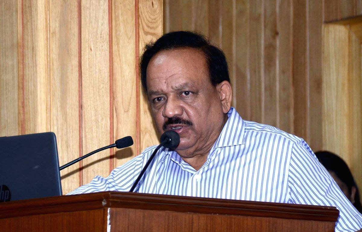 "New Delhi: Union Health and Family Welfare, Science and Technology and Earth Sciences Minister Harsh Vardhan addresses at the Curtain Raiser of ""Global Bio-India Summit 2019"", in New Delhi on Oct 24, 2019. (Photo: IANS/PIB)"