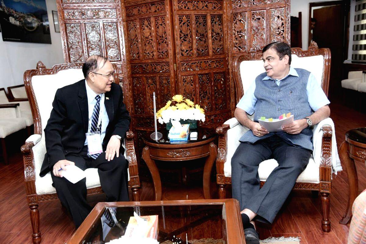 :New Delhi: Union Transport Minister Nitin Gadkari meets Myanmar Transport and Communications Minister U. Thant Sin Maung in New Delhi, on Oct 26, 2018. (Photo: IANS/PIB).