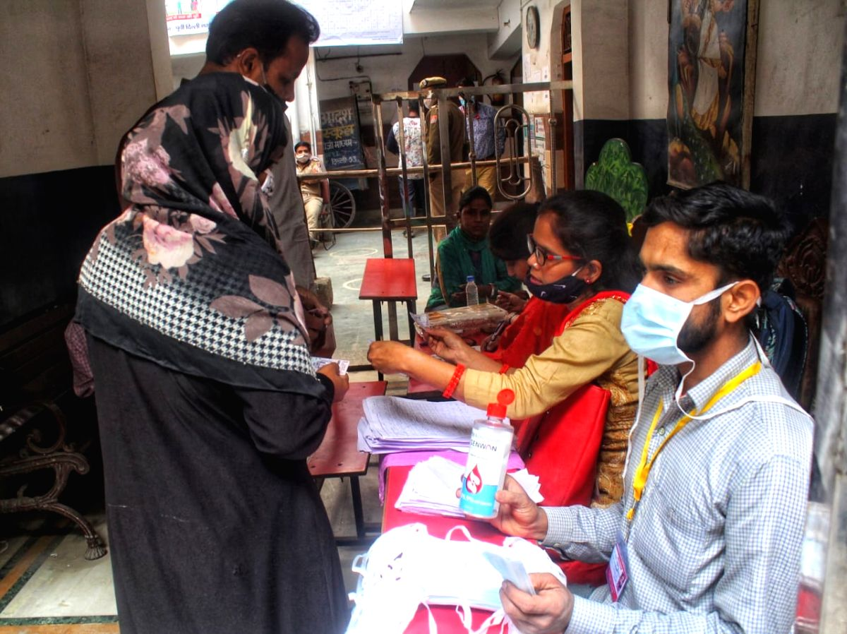 New Delhi: Voting underway for MCD by-polls in New Delhi at Chauhan Bangar Jafrabad on Sunday 28th February, 2021.