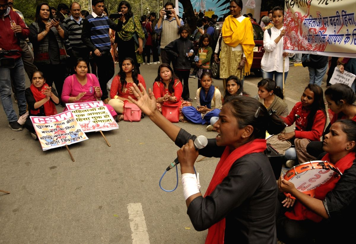 New Delhi: Women belonging to various organsations stage a demonstration on International Women's Day 2019 in New Delhi on March 8, 2019.