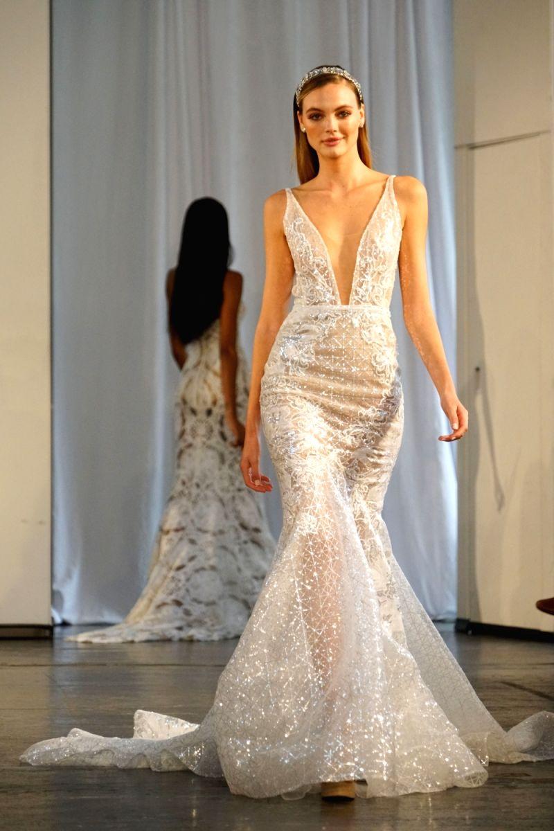 2be301f5c562 Wedding Dress Body Shape Calculator – DACC