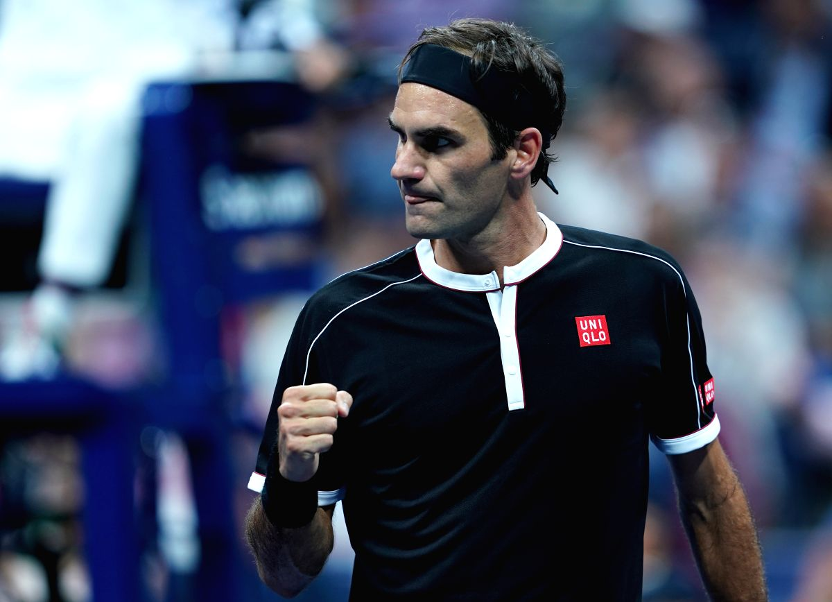 NEW YORK, Sept. 4, 2019 (Xinhua) -- Roger Federer reacts during the men's singles quarter final match between Roger Federer of Switzerland and Grigor Dimitrov of Bulgaria at the 2019 US Open in New York, the United States, Sept. 3, 2019. (Xinhua/Liu