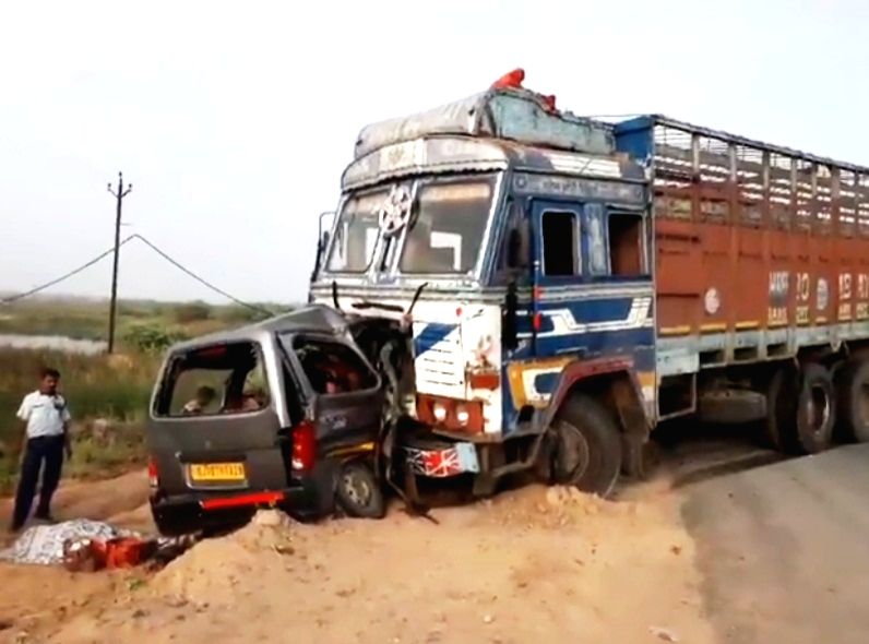 Nine, including 2 kids killed in a truck-car collision in Anand Gujarat.