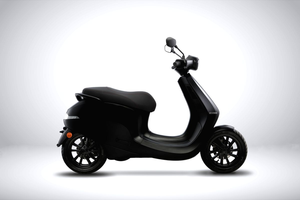 Ola showcases 1st electric scooter