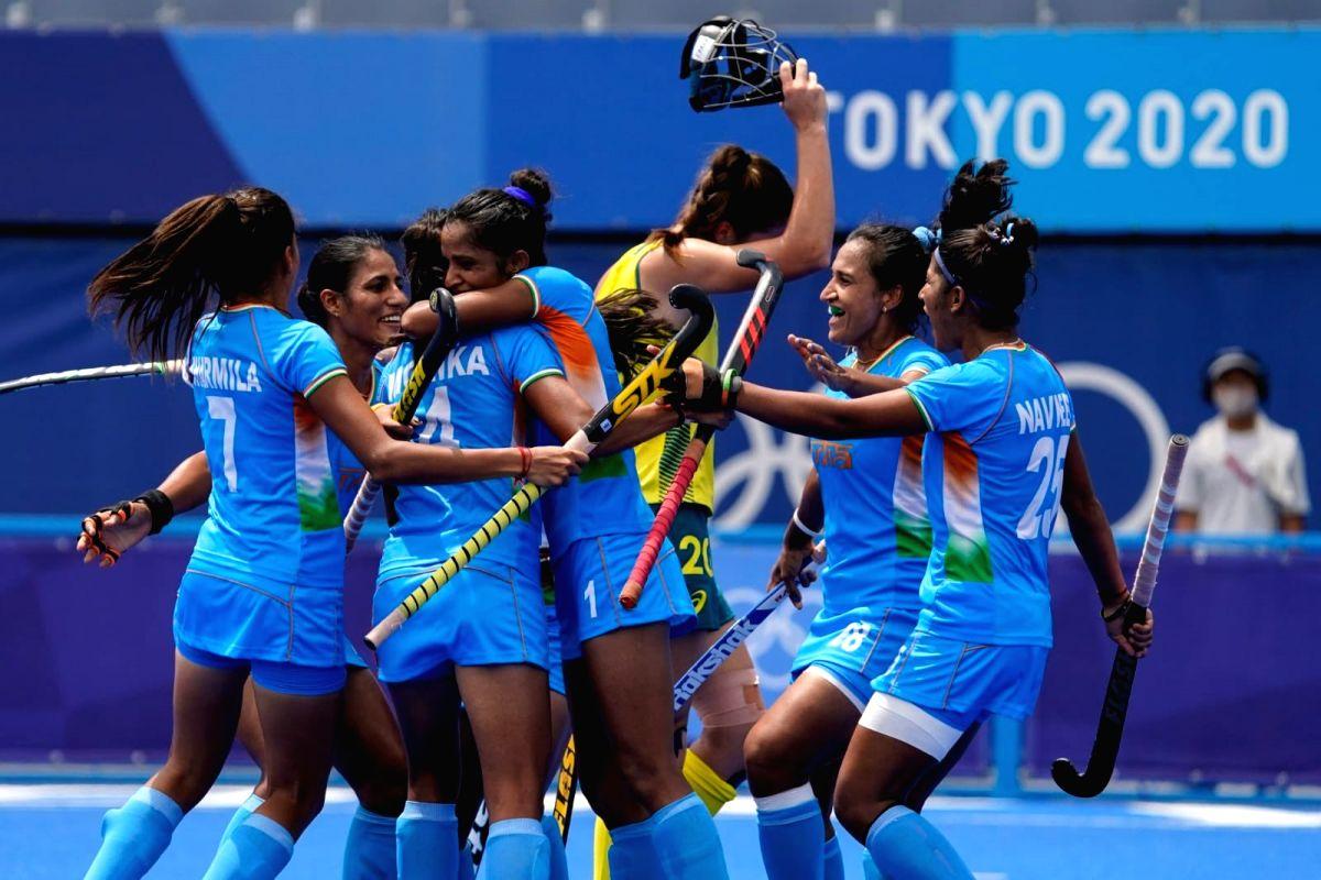 Olympics hockey: Indian women make historic entry into semifinals.(photo:HI twitter)