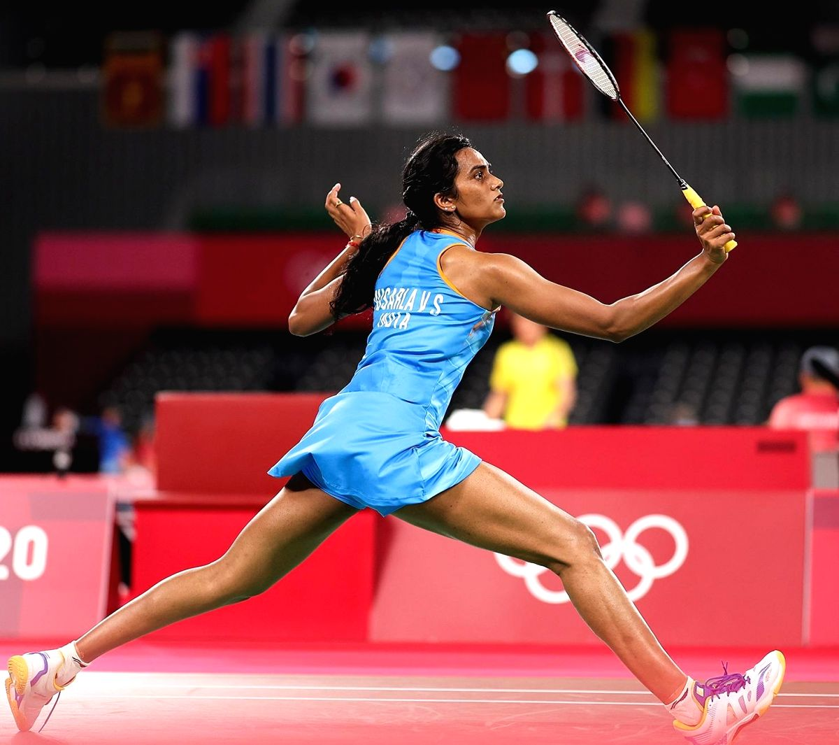 Olympics: PV Sindhu storms into women's singles quarterfinals (ld)