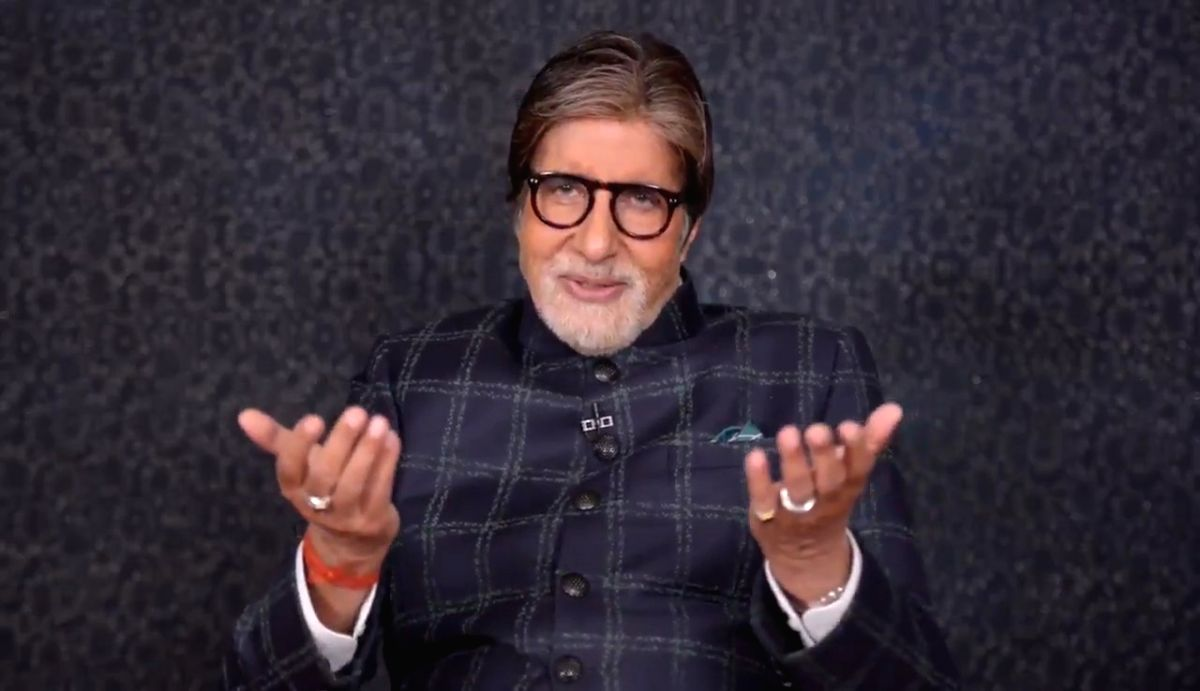 """On the occasion of the legendary singer Lata Mangeshkar's 90th birthday, veteran actor Amitabh Bachchan shared a special video message for her on social media, paying tribute to her contribution to Indian film music. """"On Lataji's 90th birthday, my se"""