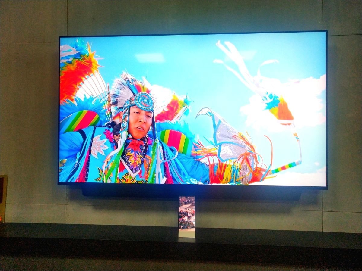 OnePlus TV.