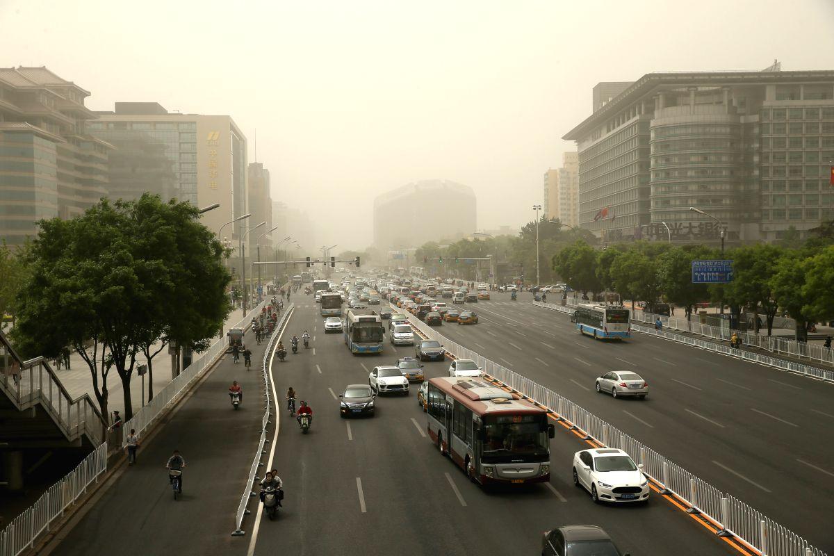 Orange alert in northern China over air pollution concerns. (Xinhua/Cai Yang/IANS)