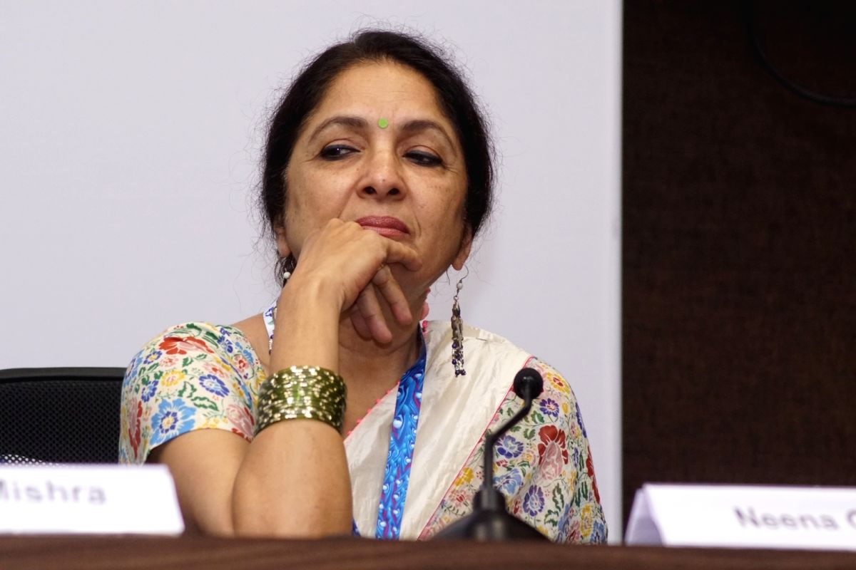 "Panaji : Actress Neena Gupta of the film ""Jane Bhi Do Yaaro"" pay homage to the legendary Director of the film Kundan Shah at a press conference during 48th International Film Festival of India (IFFI-2017), in Panaji, Goa on November 23, 2017. (Photo:"