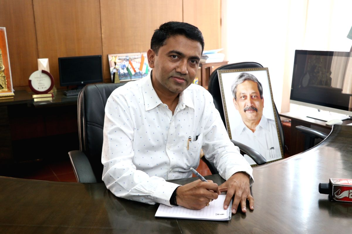 Panaji: Pramod Sawant assumes charge as the new Chief Minister of Goa, in Panaji, on March 19, 2019.