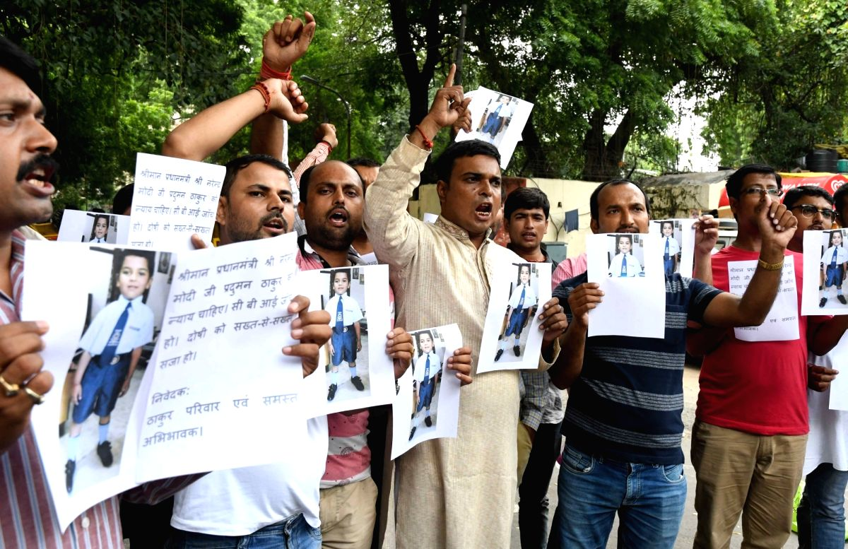 Parents's protest over the murder of a seven-year-old of Ryan International student
