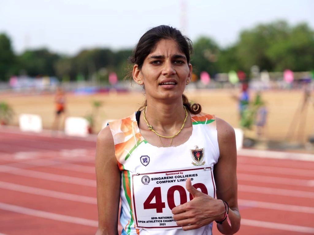 Parul Chaudhary of Railways overcame a tough challenge from Maharashtra to win the women's 3000m Steeplechase in the 60th National Open Athletics Championships at the Jawaharlal Nehru Stadium in Hanamkonda.