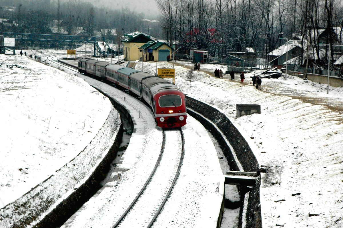 Snowfall in Qazigund of Jammu and Kashmir Feb. 2, 2015.
