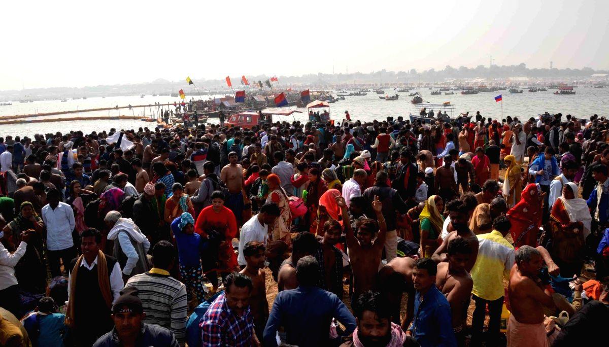 Thousands take dip in Himachal rivers on Makar Sankranti