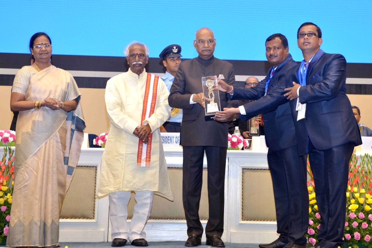 President Ram Nath Kovind presents the National Safety Awards (Mines) 2013 and 2014 in the presence of Union MoS Labour and Employment Bandaru Dattatreya, Ministry of Labour and Employment ...