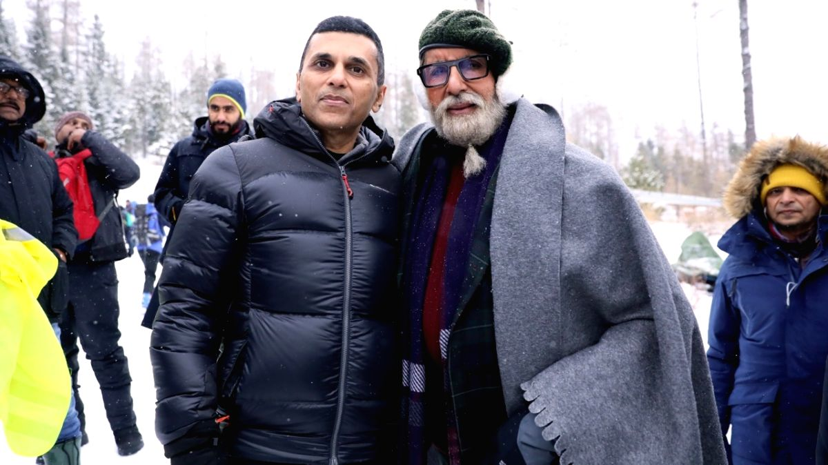 "Producer Anand Pandit says megastar Amitabh Bachchan gave inputs throughout the making of ""Chehre"", and the actor also directed the upcoming film's chasing and combat scenes."