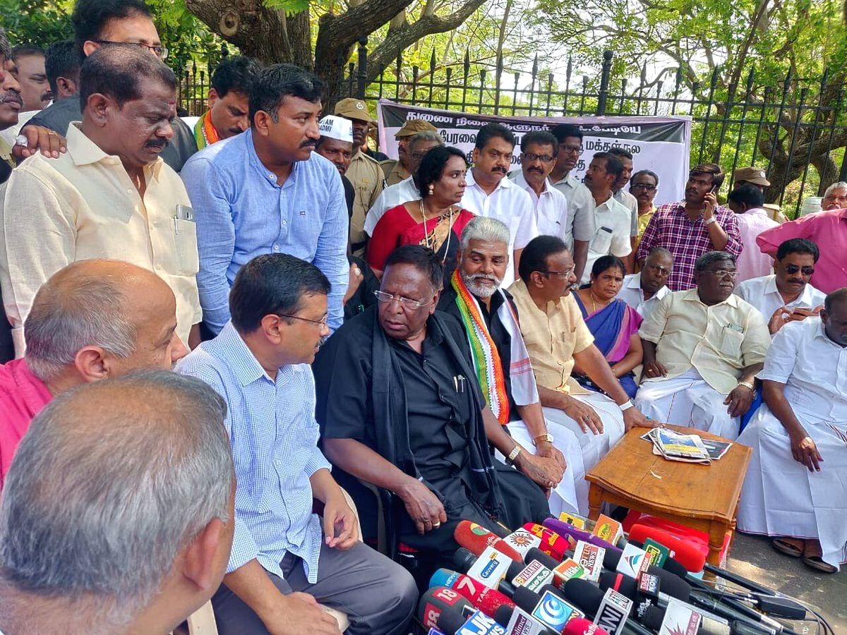 Puducherry: Delhi Chief Minister Arvind Kejriwal and Puducherry Chief Minister V Narayanasamy talk to media persons in Puducherry, on Feb 18, 2019. (Photo: IANS/Twitter/@ArvindKejriwal)