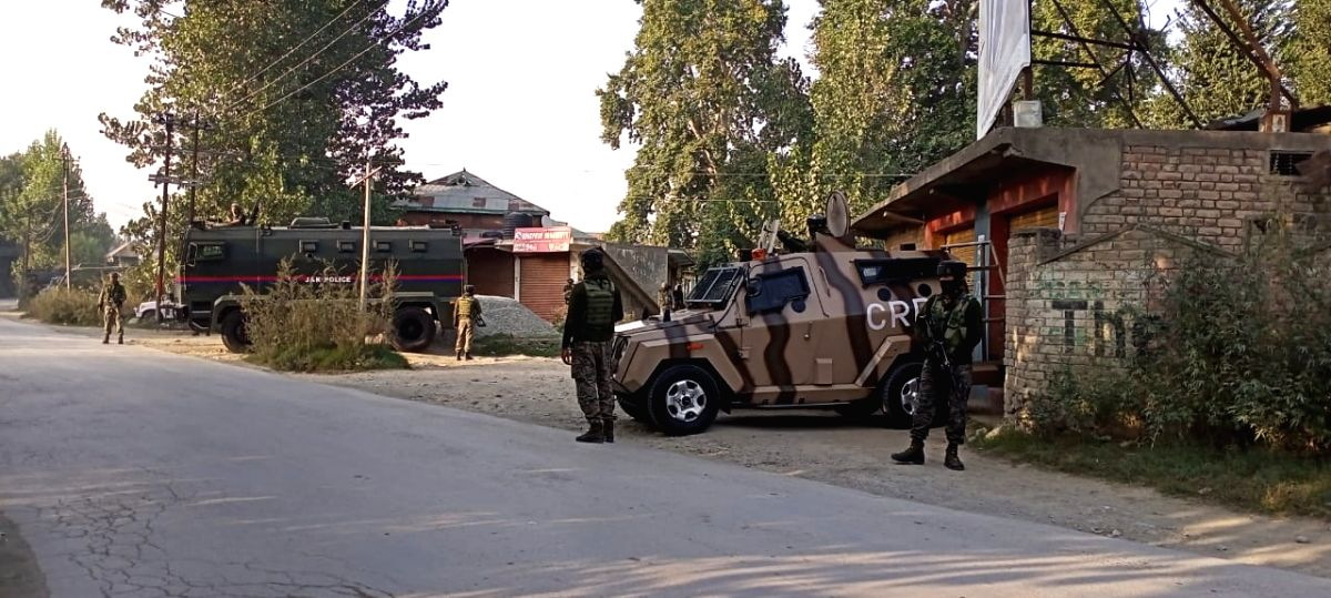 Pulwama: Security personnel during a gunfight between terrorists and security forces at Awantipora in Jammu and Kashmir's Pulwama district on Sep 27, 2020.