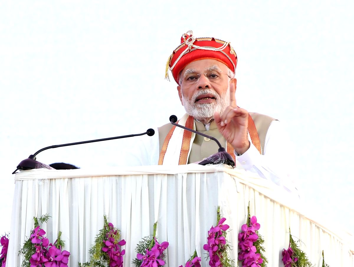 Pune: Prime Minister Narendra Modi addresses at the foundation stone laying ceremony of Metro Phase 3 in Maharashtra's Pune on Dec 18, 2018. (Photo: IANS/PIB)