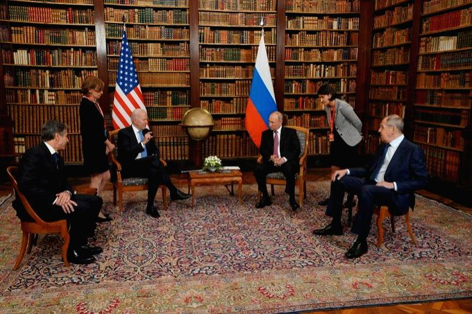 Putin, Biden discuss cybersecurity, Syria