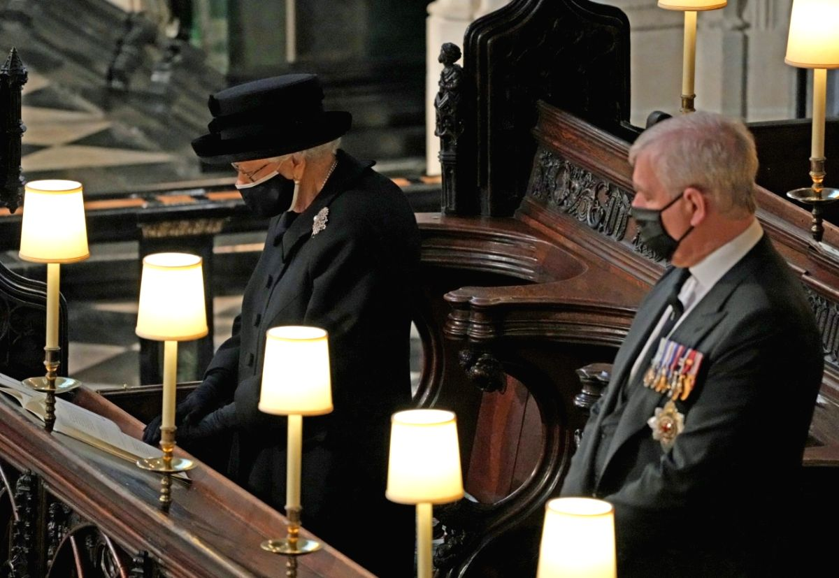 Queen Elizabeth II sits on her own at Prince Philip's funeral  (Credit : DPA) (Not for sale)