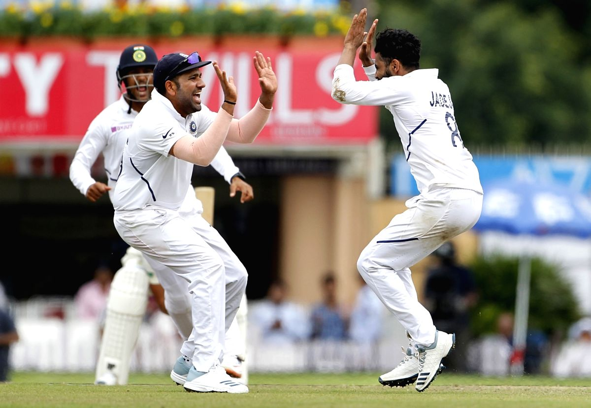 Ravindra Jadeja celebrates the wicket of South African Zubayr Hamza during day 3 of the 3rd Test between India and South Africa in Ranchi