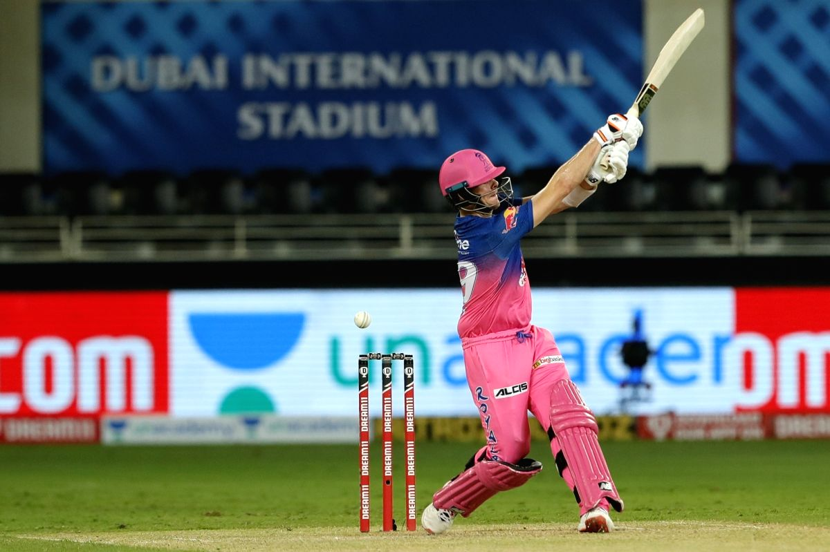 Captain Smith, Uthappa take Rajasthan to 177/6 vs RCB