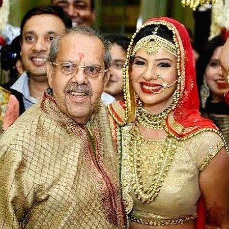 Sambhavna on father's death: It was not just Covid which killed him.(photo:Instagram)