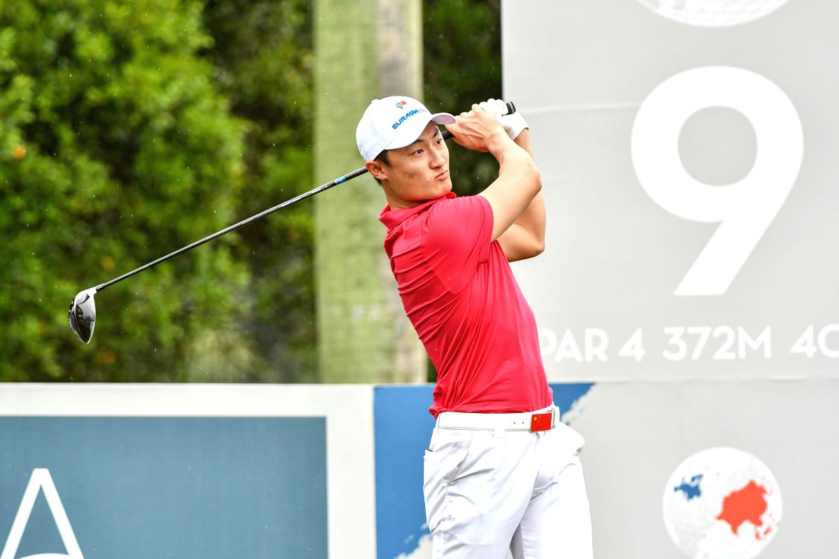 San Francisco, Aug 8 (IANS) Even as the big boys had a mixed day, Li Haotong became the first player from mainland China to hold the lead in a Major as he birdied three of first five holes at TPC Harding Park to move into a two-shot halfway lead at t