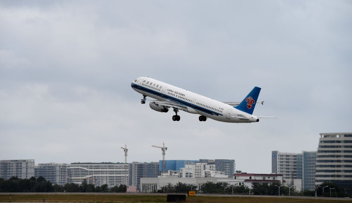 SANYA, Feb. 13, 2020 (Xinhua) -- The plane bringing home 112 passengers to central China's Hubei Province takes off at Sanya Phoenix International Airport in Sanya, south China's Hainan Province, Feb. 13, 2020. Southern Airlines dispatched a charter